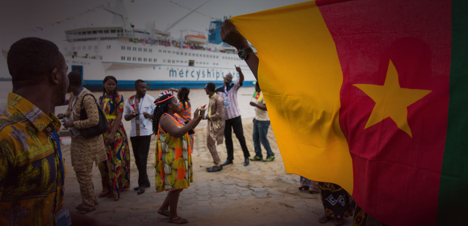Mercy Ships arrive in Cameroon